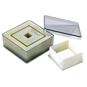 Boite de 9 découpoirs carrés unis