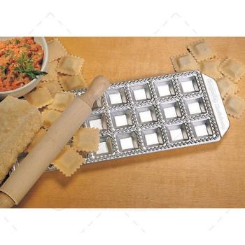 Moule à raviolis aluminium 24 raviolis carrés 35X35mm
