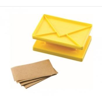 Emporte pièce à Forme d'enveloppe Surprise by, Jaune