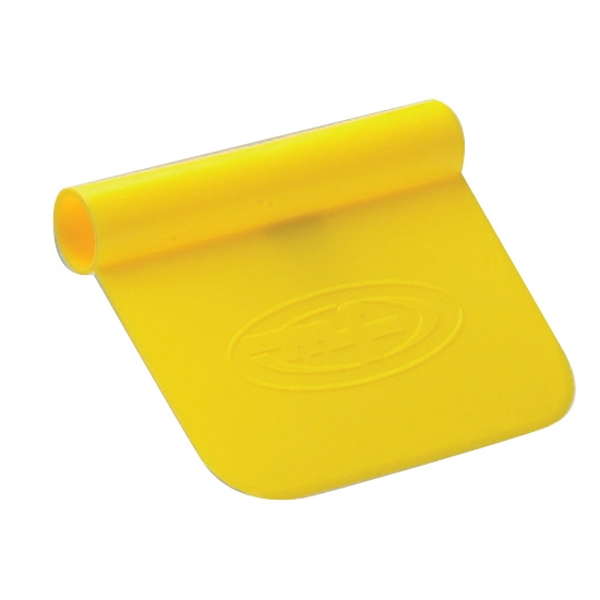 Coupe-pâte plastique